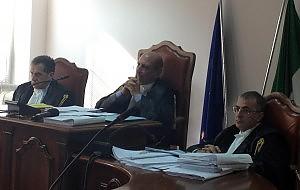 Catanzaro, decadono sindaco e giunta. Il Tar annulla il voto in otto sezioni