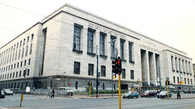 Il Tribunale di Milano (Ansa)