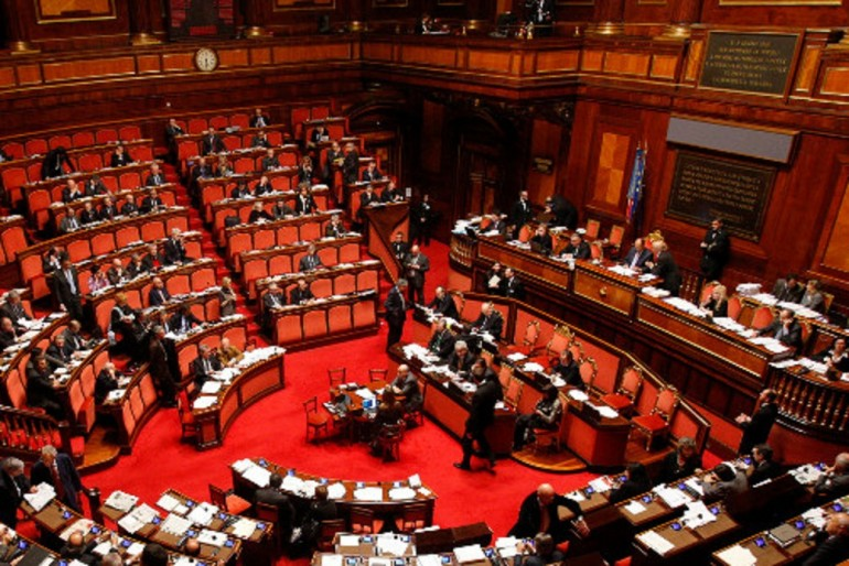 parlamento-770x514
