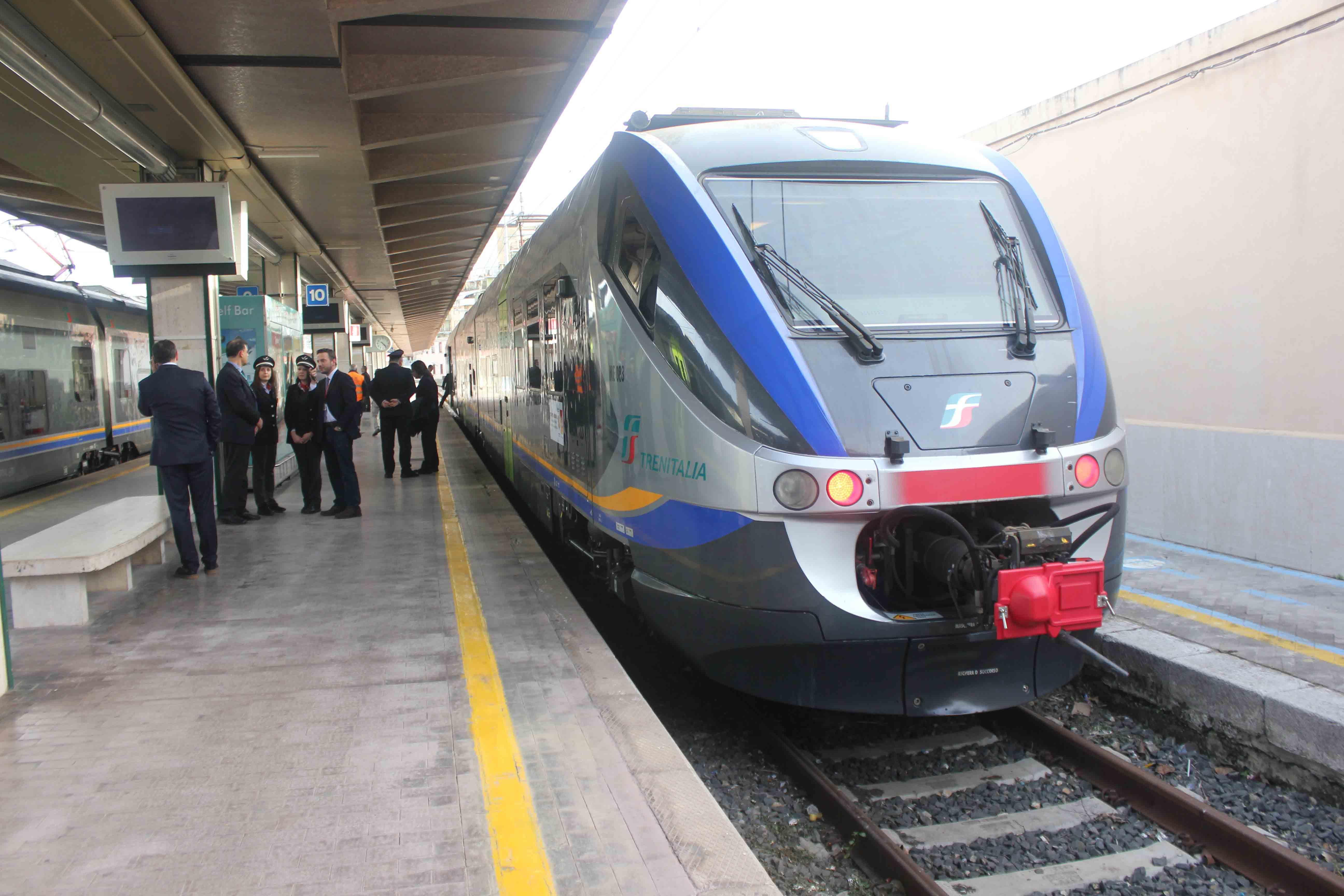 treno-ferrovie-2